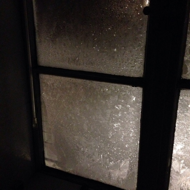 -8°C / 17.6°F when this photo was taken at 10pm. It's getting colder and more ice is forming on the outer windows.